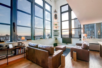Convertible 3 Bedroom Live-Work Penthouse Loft